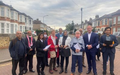 'Walking surgery' in Ilford South